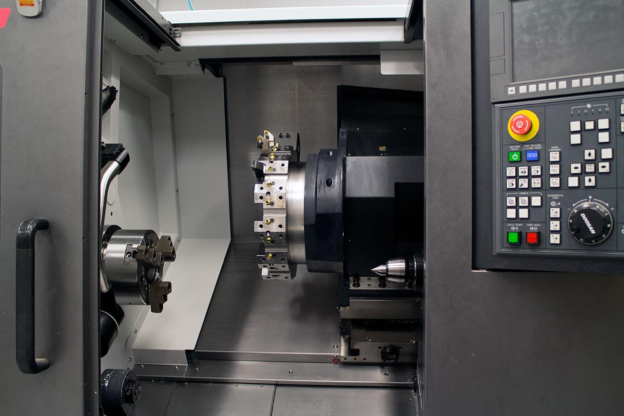 Used Horizontal Machining Center Doosan Puma 2100 2012
