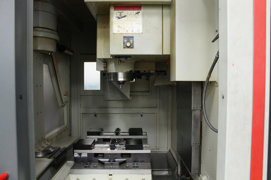 Used Vertical Machining Center Quaser MV154APC/E/12 2012