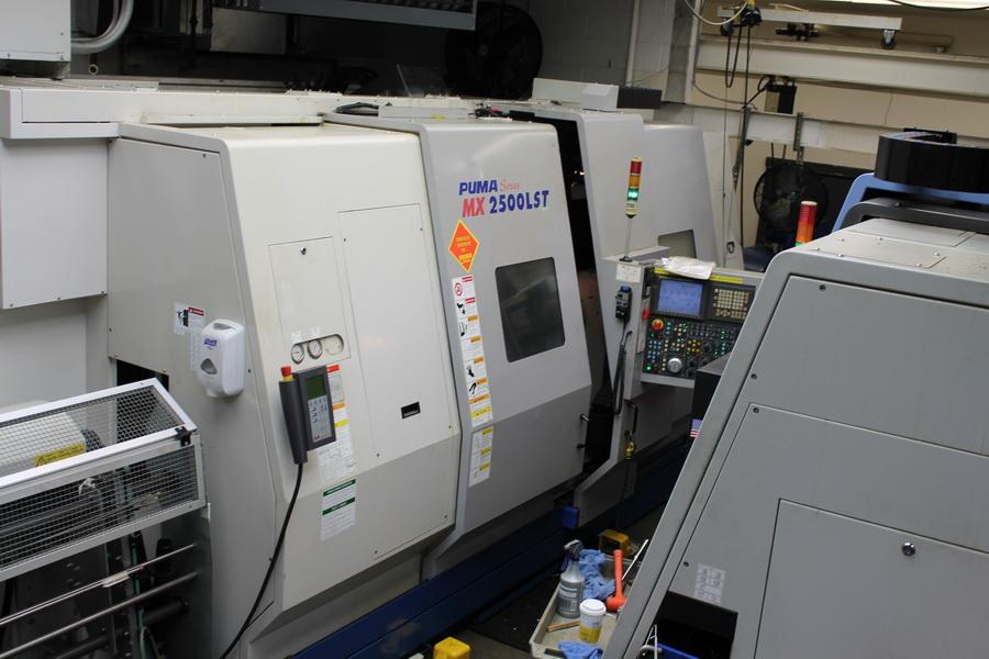 Used CNC Lathe For Sale Doosan Puma MX2500 LST 2006 7