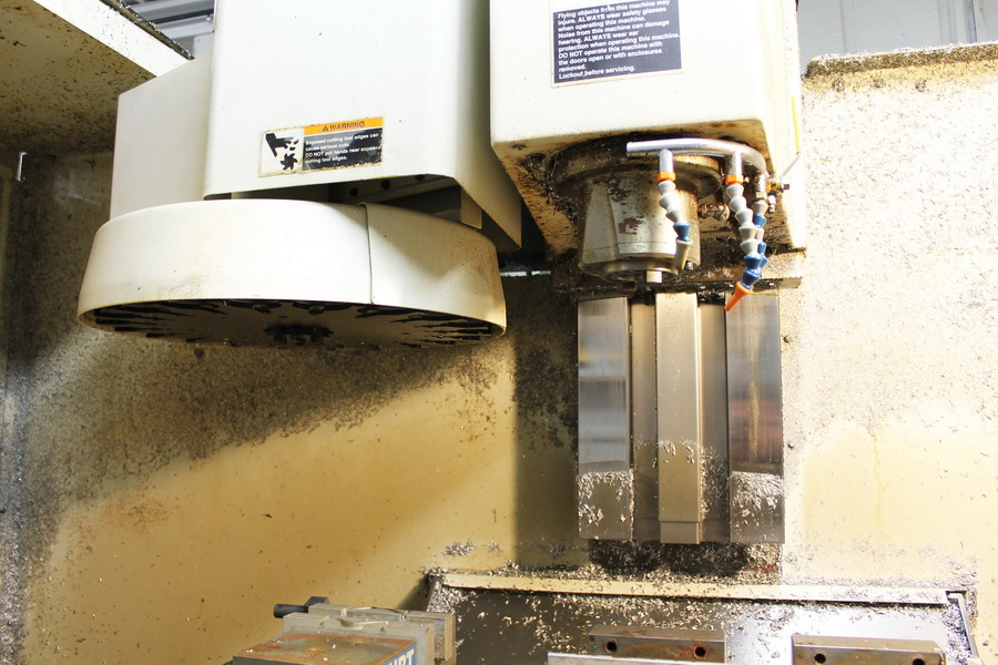 Used Vertical Machining Center Fadal 4020AHT 2000
