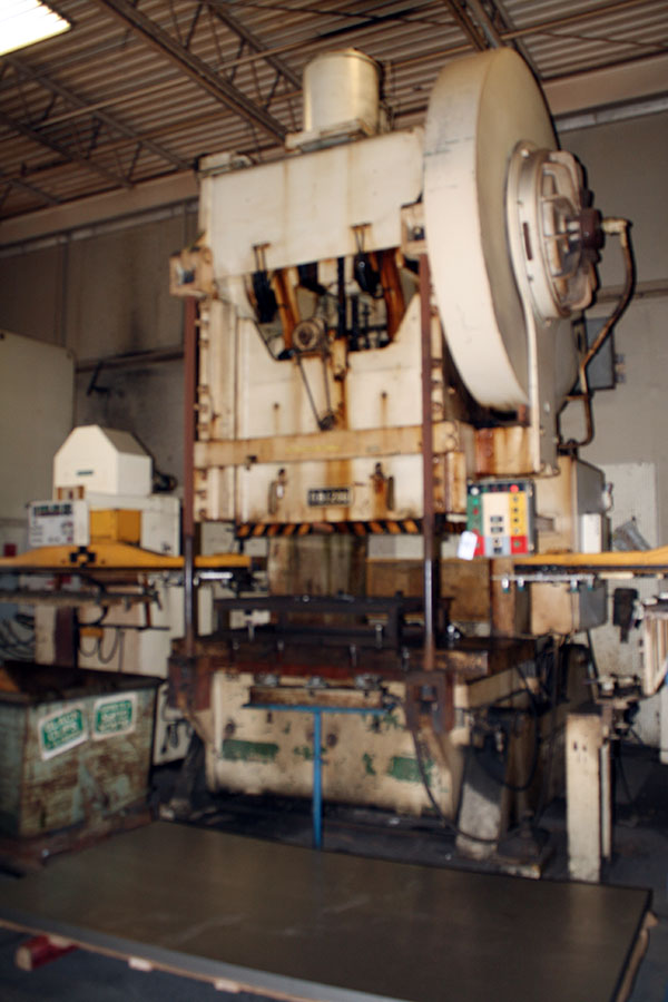 Used Straightside Press  Clearing 200 1968