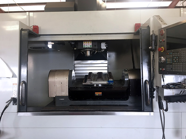 Haas VF-6/40 2017 2_Vertical Machining Center