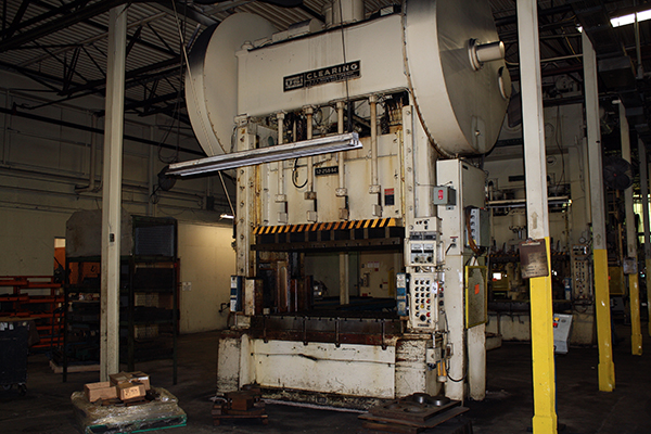 Used Straightside Press  Clearing s2-250-84-54 1973