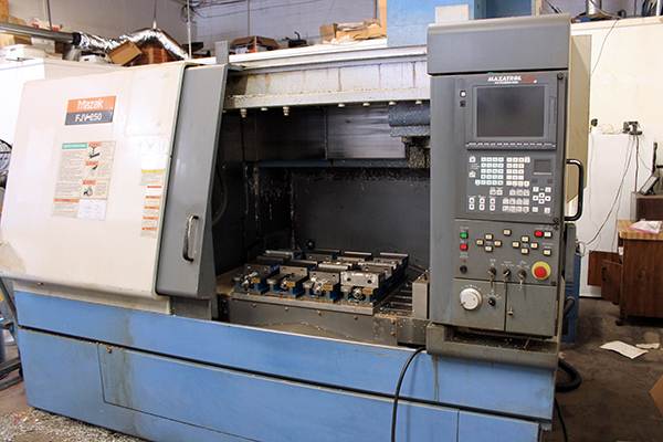 Used Vertical Machining Center Mazak FJV-250 1999