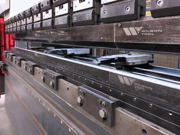 Used Hydraulic Press Brake Mitsubishi Dener Diamond Elite 17536 (193 Ton) 2014