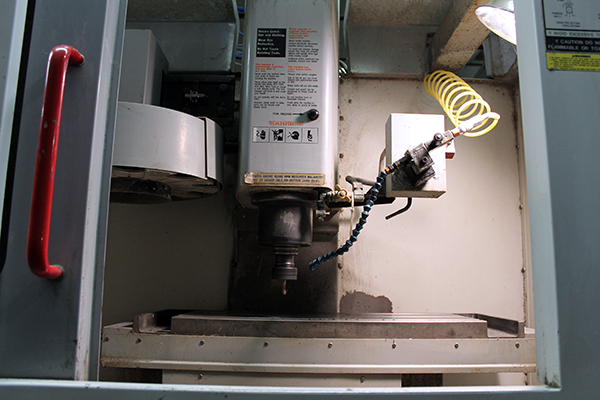 Haas Super Mini Mill 2003 3