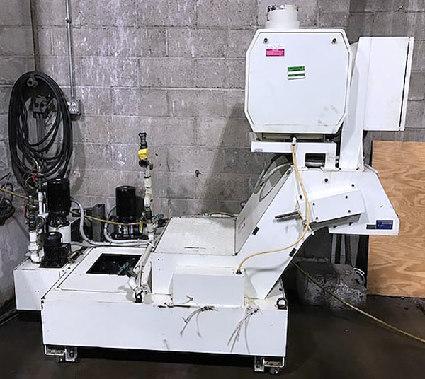Used Drill and Tap Fanuc Robodrill Alpha-T21iFL 2008