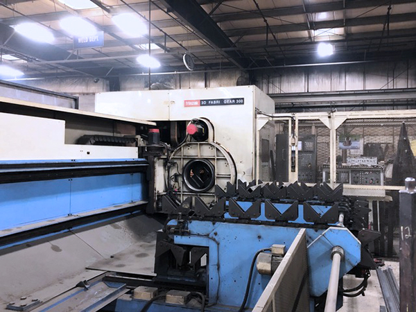 Used Laser Cutting Machine Mazak 3D Fabri Gear 300 2001