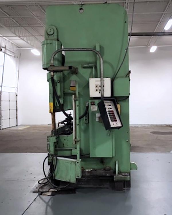 Used Cincinnati Hydraulic Press Brake Form Master 300 Ton