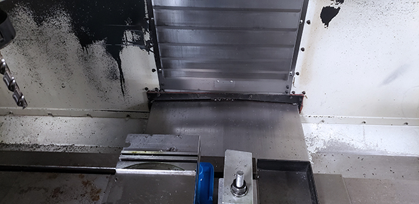 Used Vertical Machining Center Haas VF-2 1998