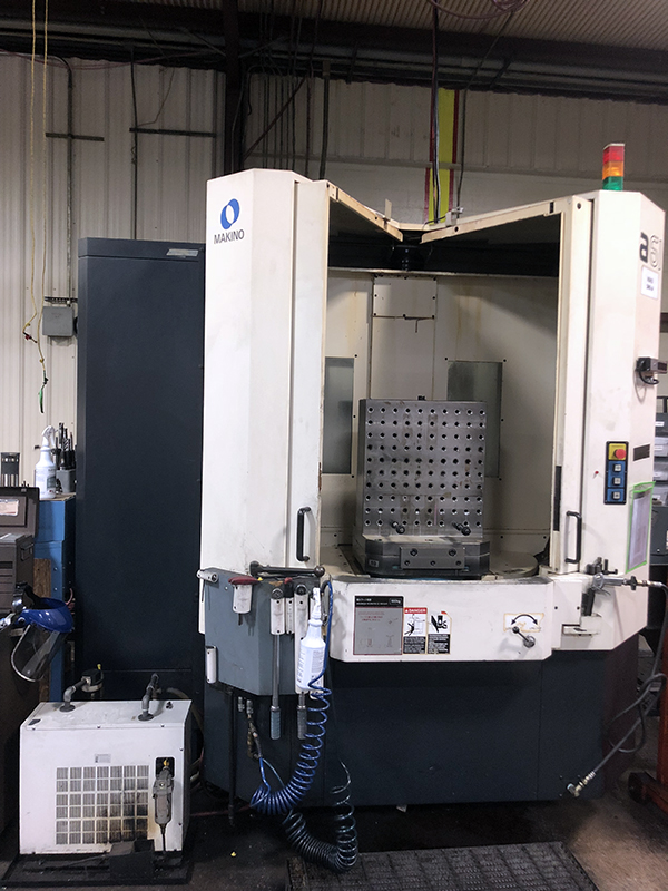 Used Horizontal Machining Center Makino A61 2004