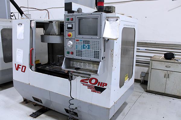 Haas VF-0 2000 6