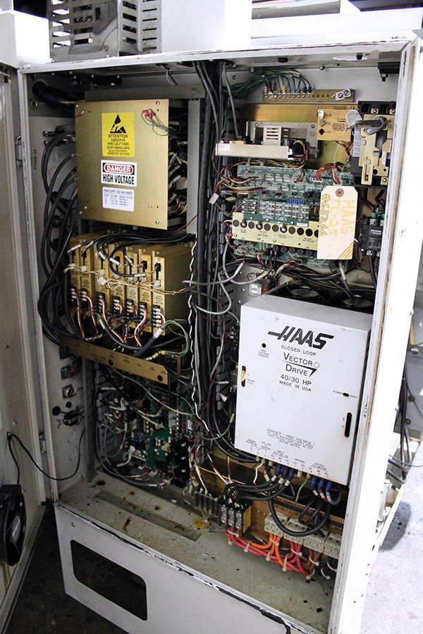 Haas TL-25 2002 15