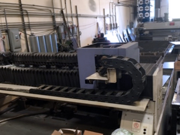 Used Laser Cutting Machine Mitsubishi ML3015 LXP 1998