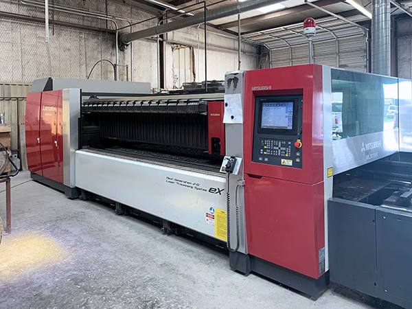 Used Mitsubishi Laser Cutting Machine Ml3015 Ex Plus 45cf