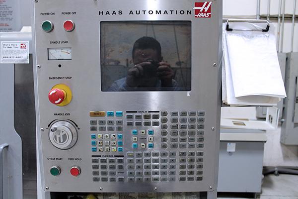 Haas VF-1 D 2006 16