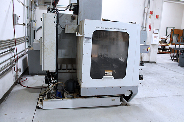 Used Vertical Machining Center Haas VF-1 D 2006