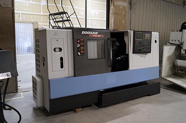 Used CNC Lathe Doosan Puma 280 2009