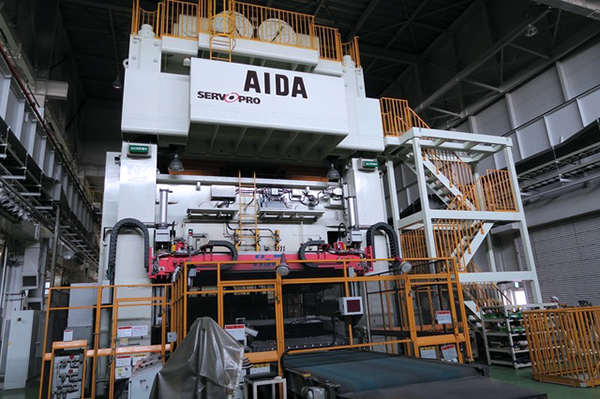 Used Straightside Press  Aida DSF-S4-23000 2012