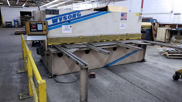 Used Hydraulic Shear  Wysong H2510 2001