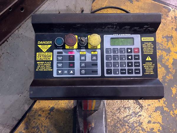 Used Hydraulic Press Brake Accurpress 710010 1998