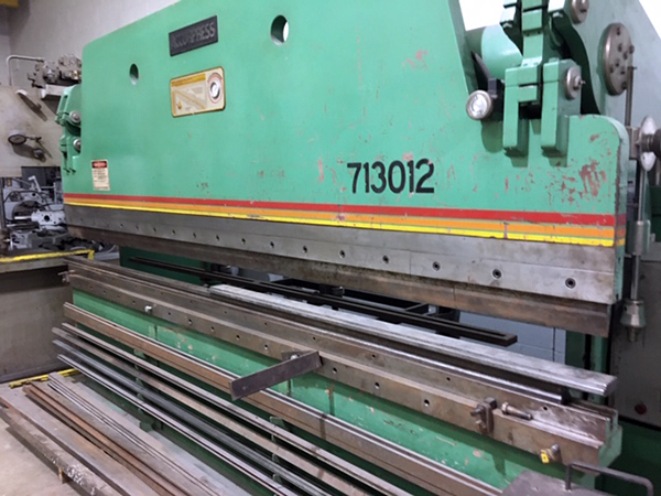Used Hydraulic Press Brake Accurpress 713012 1987