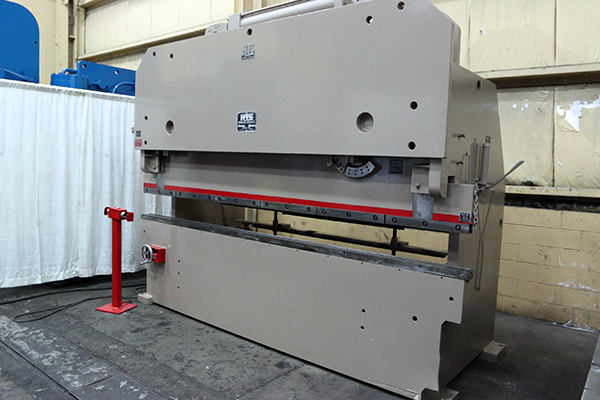 Used Hydraulic Press Brake HTC 200T 1980