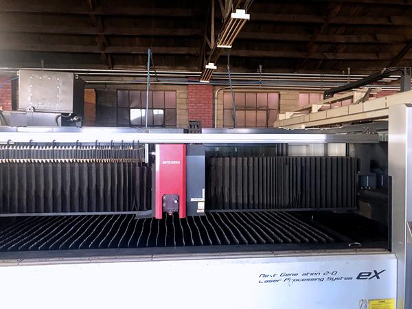 Used Laser Cutting Machine Mitsubishi ML3015eX Plus 45CF-R 2012