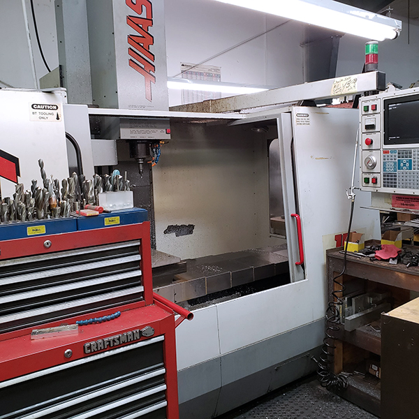 Used Vertical Machining Center Haas VF-4 1995
