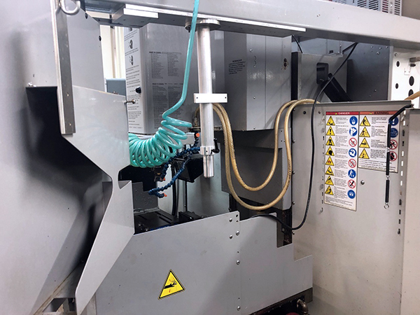 Used Vertical Machining Center Haas TM-3 2008