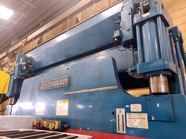 Used Hydraulic Press Brake Cincinnati 135 FMII 1994