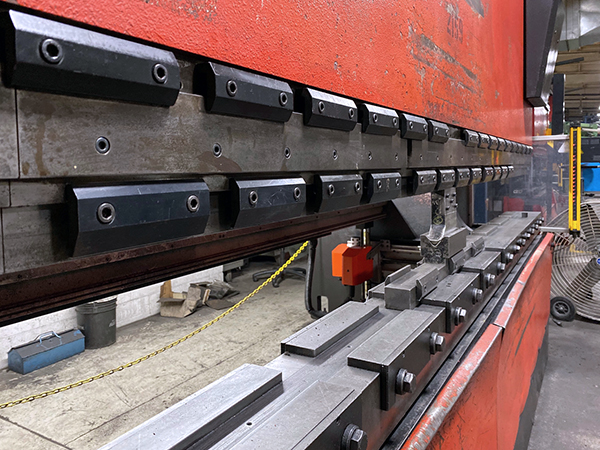 Used Hydraulic Press Brake Amada HFE 220-4S 2001