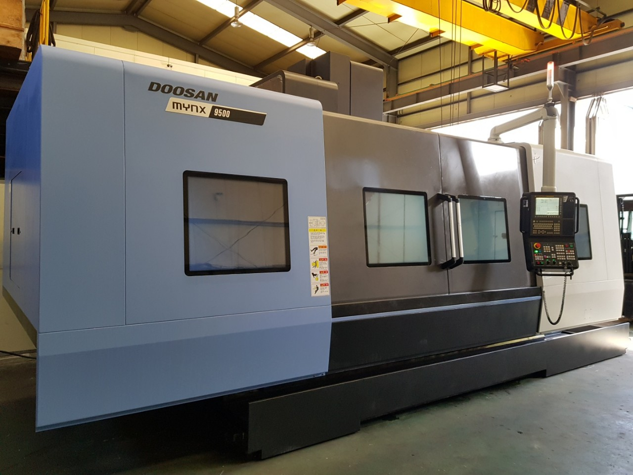 Used Vertical Machining Center Doosan Mynx 9500 2016