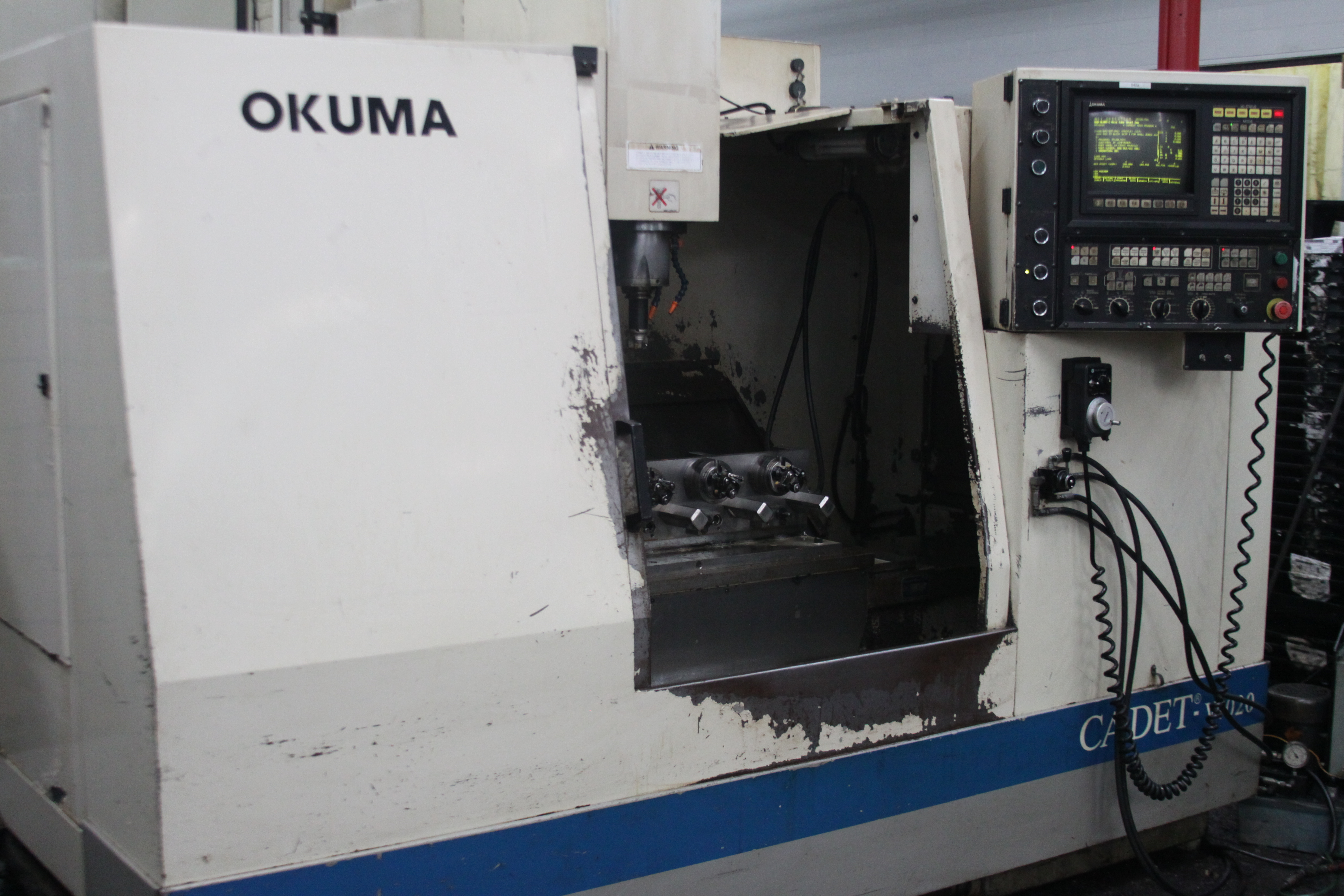 Used Vertical Machining Center Okuma Cadet V4020 1996