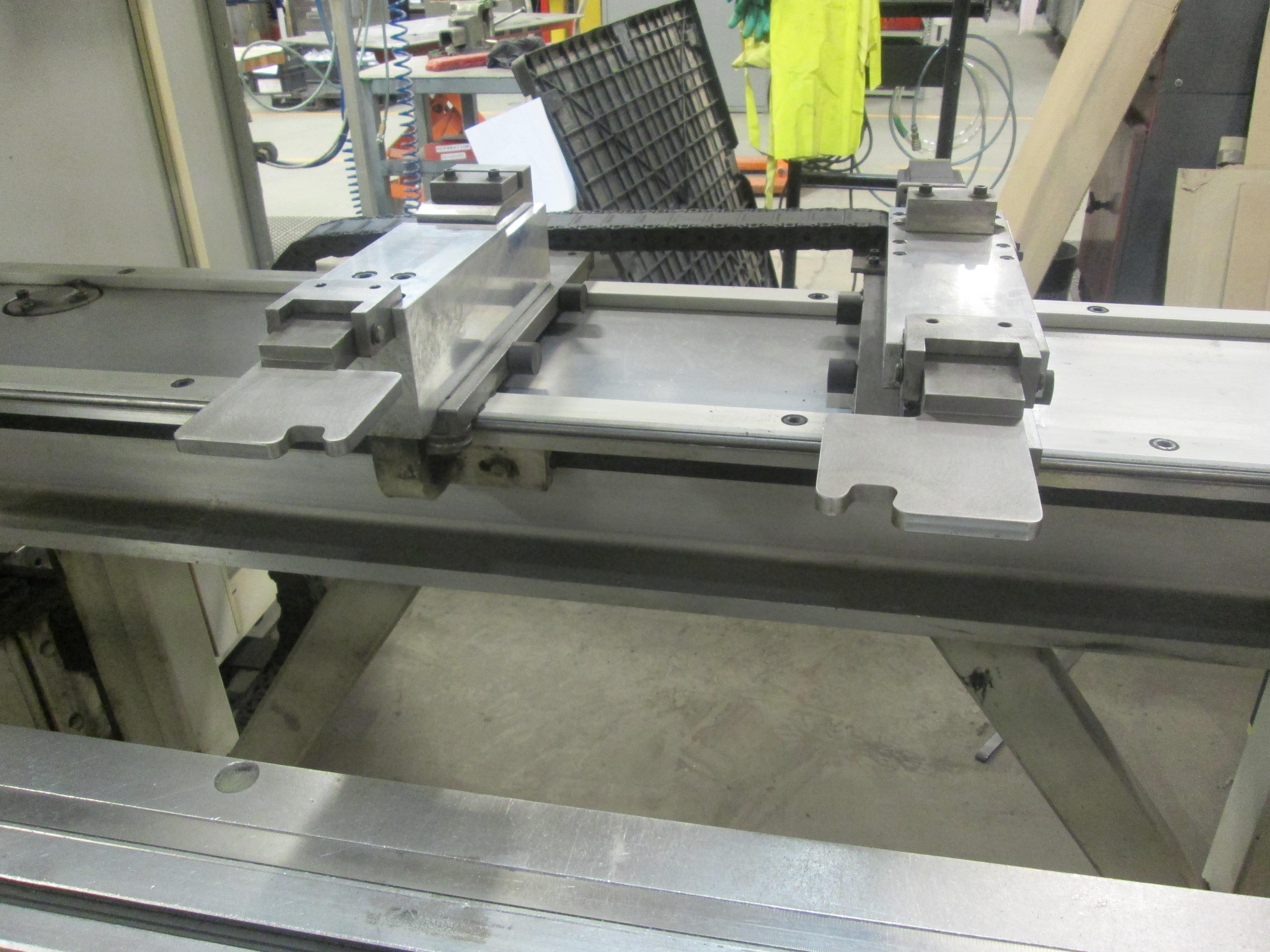 Used Hydraulic Press Brake LVD/Strippit PPEB 90/08 2001