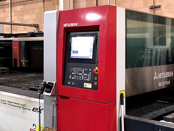 Used Laser Cutting Machine Mitsubishi ML3015eX 35CF-R 2013