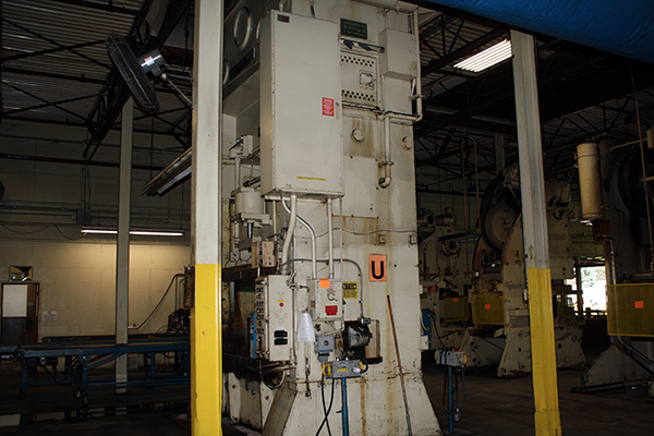 Used Straightside Press  Clearing s2-250-60-84 1970