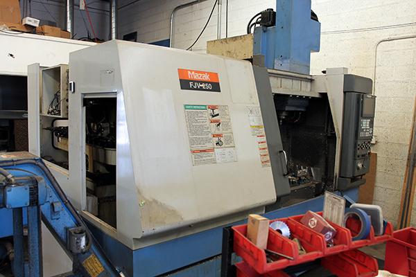 Used Vertical Machining Center Mazak FJV-250 1999