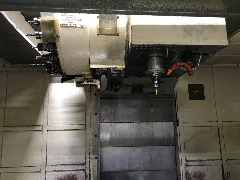 Used Vertical Machining Center Amera Seiki VAS-6M 2004