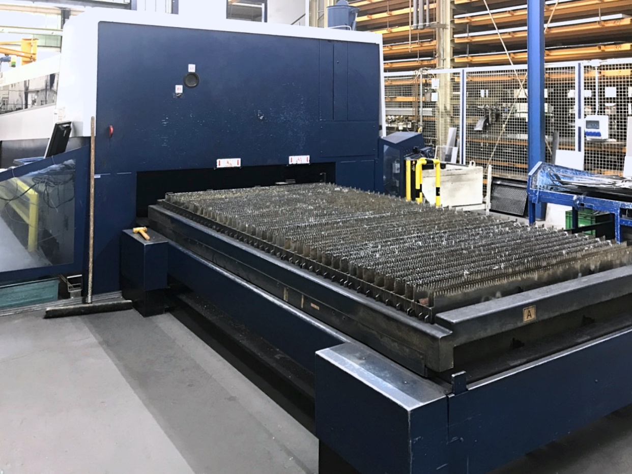 Used Laser Cutting Machine Trumpf Trulaser 5030 Fiber 2010