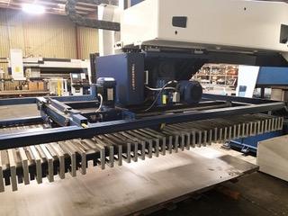 Used Laser Cutting Machine Trumpf TruLaser L2030 3.2 KW 2012