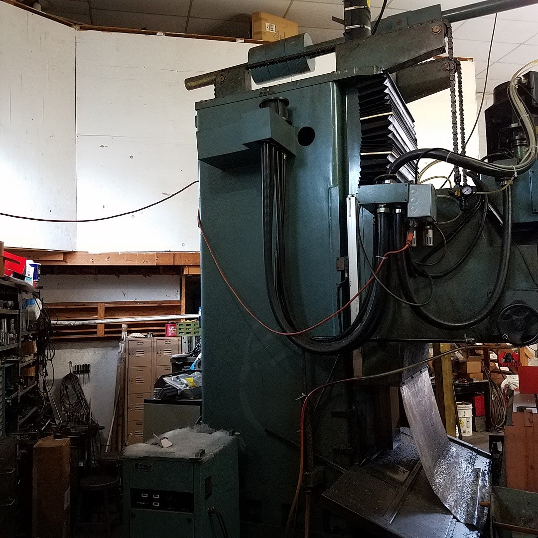 Used Vertical Boring Mill Phoenix VTC-3010 1989
