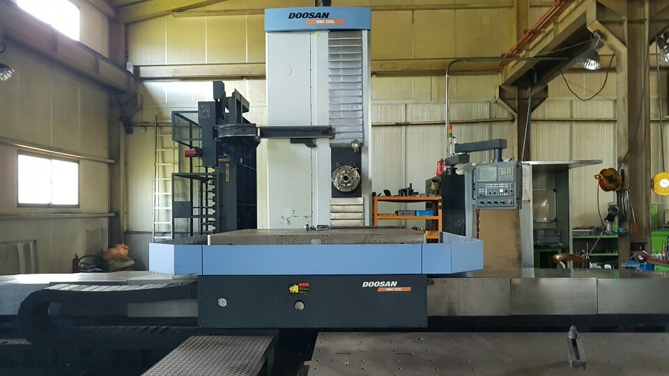 Used Horizontal Boring Mill Doosan DBC-130L 2010