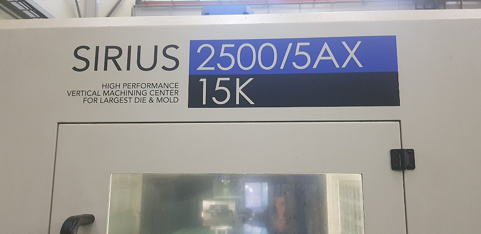Used 5 Axis Machining Center Hwacheon Sirius-2500/5AX 2015