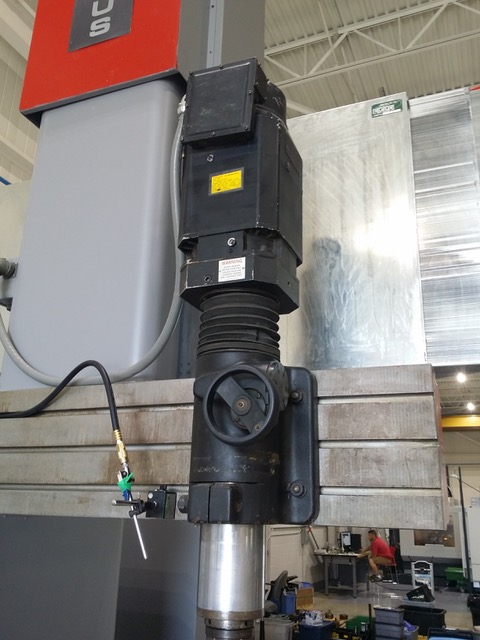 Used Vertical Milling Machine Tarus DU 8412 1990