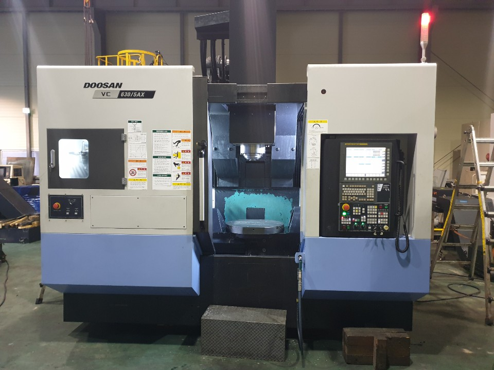 Used 5 Axis Machining Center Doosan VC630-5AX 2017