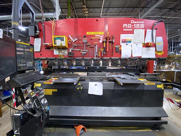 Used Hydraulic Press Brake Amada RG-125 2000