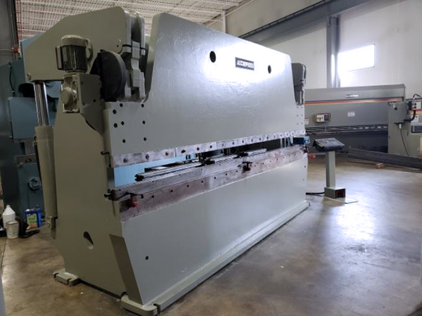 Used Hydraulic Press Brake Accurpress 717512 1999