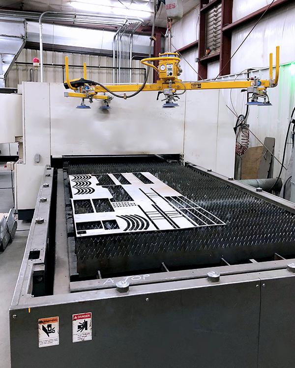 Used Laser Cutting Machine Mitsubishi ML3015LVP 2004