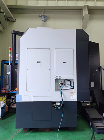 Used Vertical Turning Center Doosan Puma VT750M 2012
